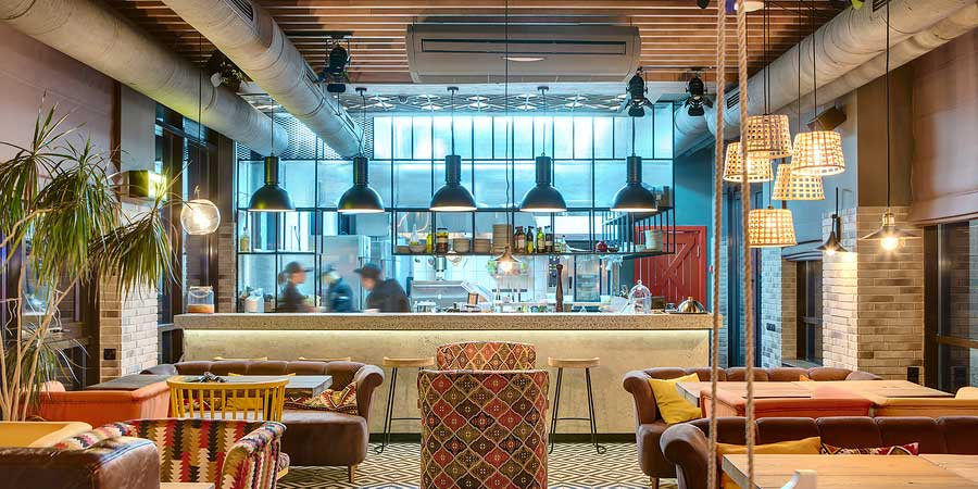 Benefits Of An Exposed Ceiling In Your Restaurant